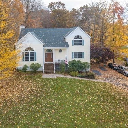 Rent this 4 bed house on 5 Sugarbush Court in Town of Carmel, NY 10541