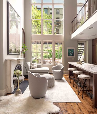 Rent this 6 bed loft on 32 1st Place in New York, NY 11231