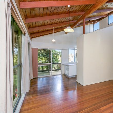 Rent this 3 bed house on 21 Neptune Street
