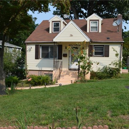 Rent this 3 bed house on 10 Fairview Place in Suffern, NY 10901