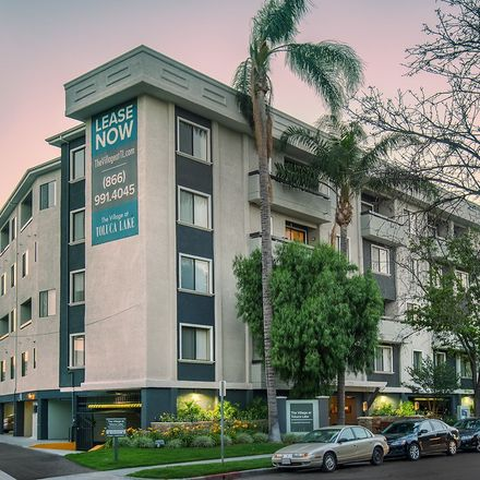 Rent this 2 bed apartment on 971 North Ontario Street in Burbank, CA 91505