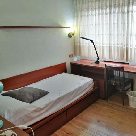 Rent this 3 bed room on Autonomia kalea / Calle Autonomía in 53A, 48012 Bilbao