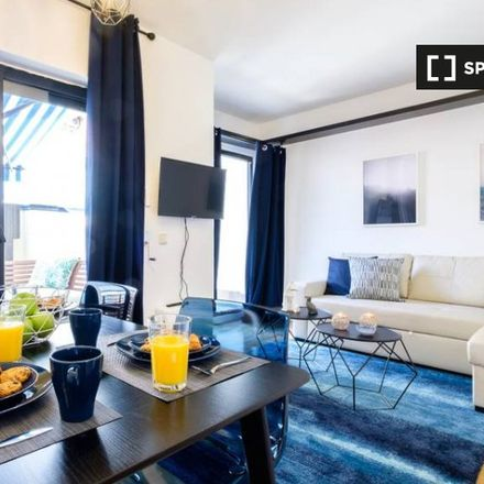 Rent this 2 bed apartment on Calle de Narváez in 41, 28009 Madrid