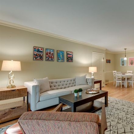 Rent this 1 bed apartment on 2107 Fairfax Avenue in Nashville, TN 37212