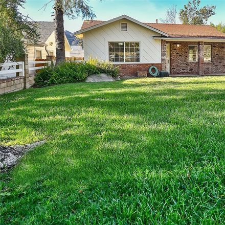 Rent this 3 bed house on 3948 Vista Court in Glendale, CA 91214
