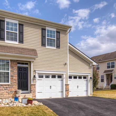 Rent this 3 bed townhouse on Margaret Gatewood Ln in New Castle, DE