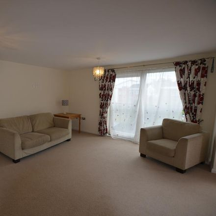 Rent this 2 bed apartment on Park Road Estate in Trafford WA14 5AS, United Kingdom