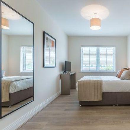 Rent this 3 bed apartment on Mallard's Reach in Bridge Avenue, Maidenhead SL6 1QP