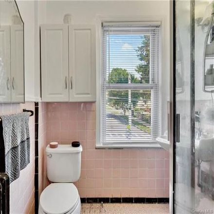 Rent this 4 bed house on 6 Morgan Street in New Rochelle, NY 10805
