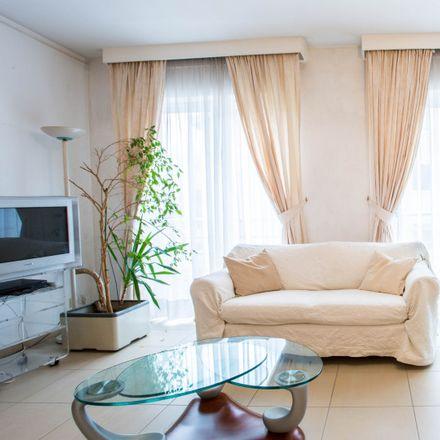 Rent this 2 bed apartment on Rue de la Fraîcheur - Frisheidstraat 9 in 1080 Molenbeek-Saint-Jean - Sint-Jans-Molenbeek, Belgium