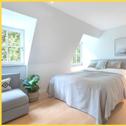 Rent this 3 bed apartment on Krähenhorst 17 in 22587 Hamburg, Germany