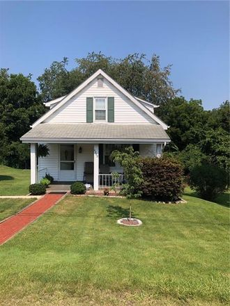 Rent this 2 bed house on Hillcrest Ave in Aliquippa, PA