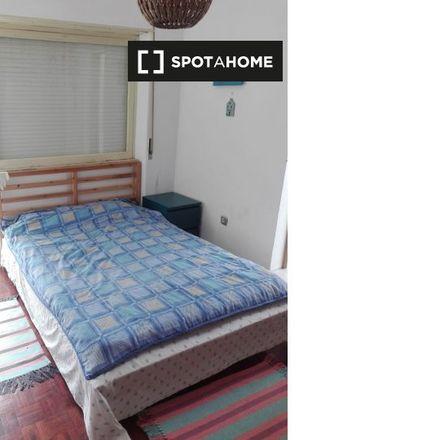 Rent this 3 bed room on Travessa Augusto Machado in 2825-307 Costa da Caparica, Portugal