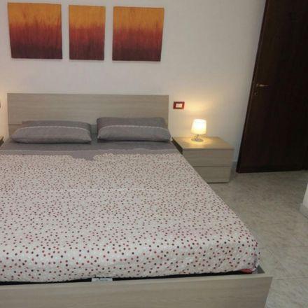 Rent this 4 bed room on Via del Tamigi in 7, 20161 Milan Milan