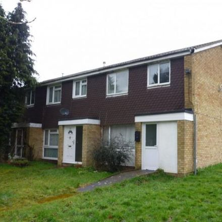 Rent this 3 bed house on Alesia Road in Luton, LU3 3QH