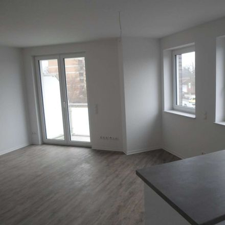 Rent this 2 bed apartment on Kieler Straße in 25451 Quickborn, Germany