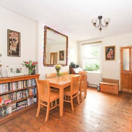 Rent this 2 bed house on 315 Beechwood Road in Luton, LU4 9RF