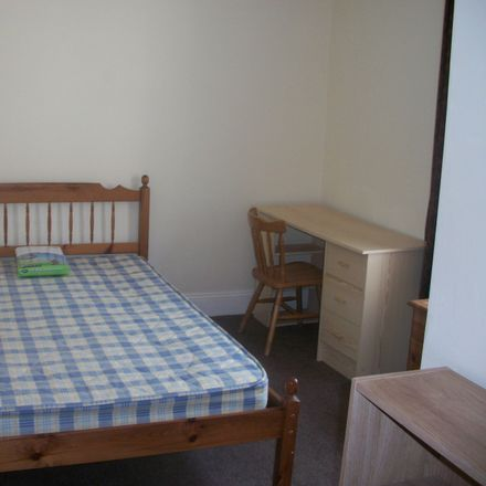 Rent this 6 bed room on Wake Street in Plymouth PL4 6NL, United Kingdom