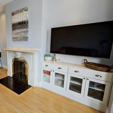 Rent this 2 bed apartment on #3 in 46 Dartmouth Street, South End