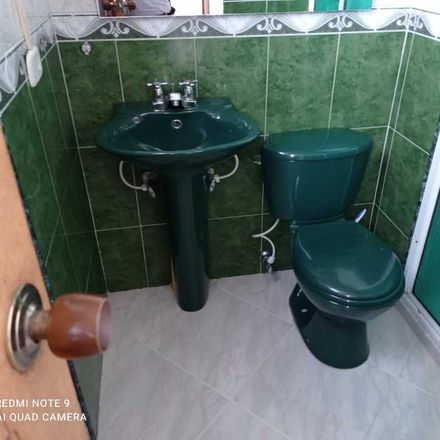 Rent this 3 bed apartment on Calle 38 in Comuna 9 - Buenos Aires, Medellín