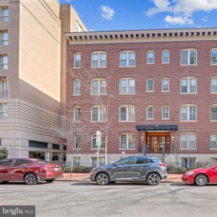 Rent this 2 bed condo on 1121 24th Street Northwest in Washington, DC 20037