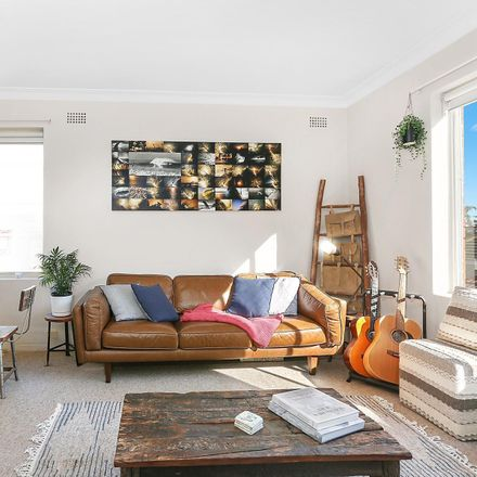 Rent this 2 bed apartment on 23/11-15 Gilbert Street