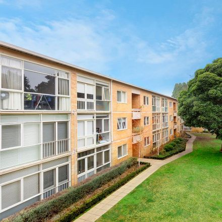 Rent this 2 bed apartment on 9/61 Kooyong Road
