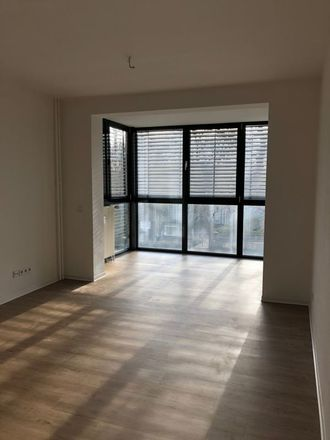 Rent this 3 bed apartment on Flemminger Weg 93 in 06618 Naumburg (Saale), Germany
