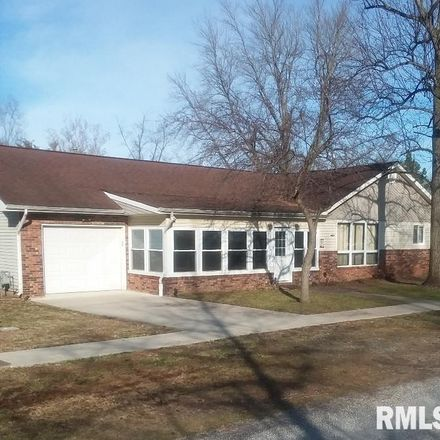 Rent this 2 bed house on W Benedict St in Benton, IL