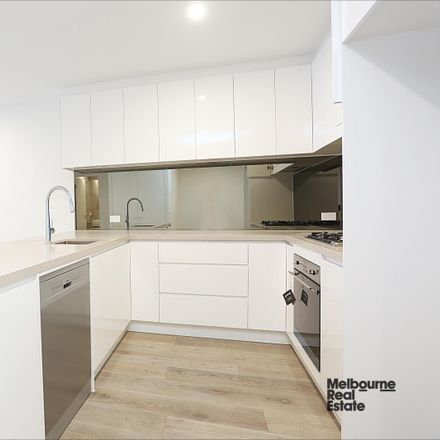 Rent this 1 bed apartment on 107/170 Manningham Road