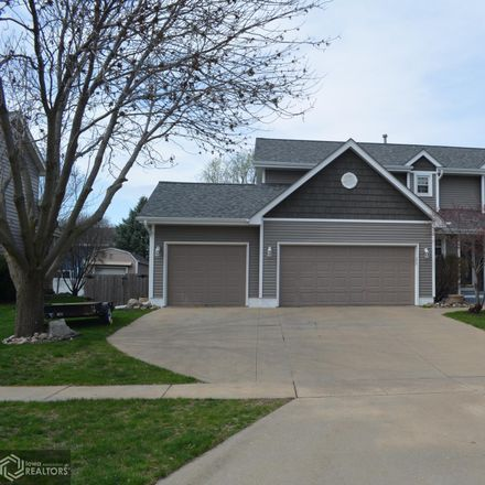 Rent this 4 bed apartment on 1334 Alderwood Drive in Altoona, IA 50009