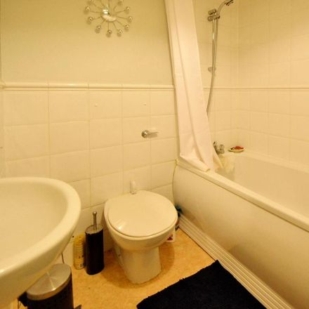 Rent this 1 bed apartment on Stretton Mansions in Glaisher Street, London SE8 3JW