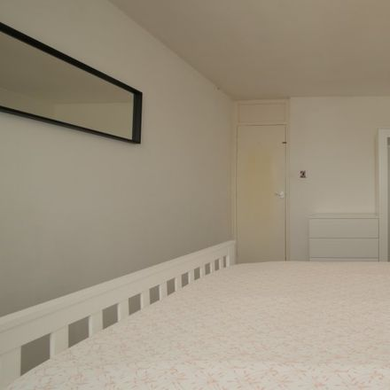 Rent this 3 bed apartment on 9 Exmouth Street in London E1 0PH, United Kingdom