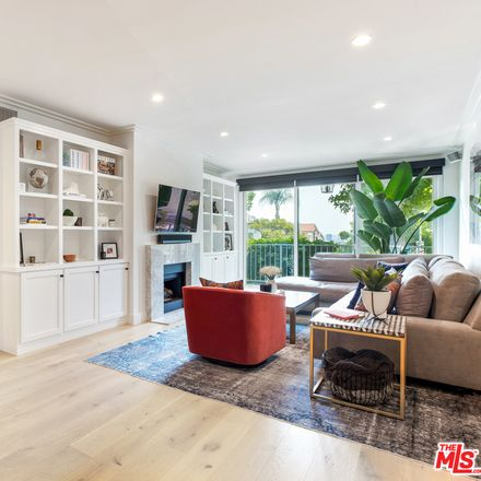 Rent this 2 bed condo on 8455 Fountain Avenue in West Hollywood, CA 90069