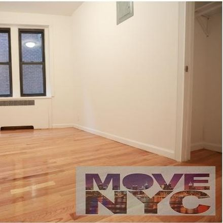 Rent this 3 bed apartment on 690 Fort Washington Avenue in New York, NY 10040