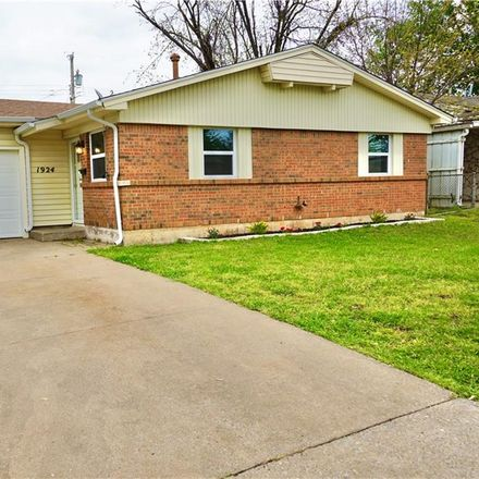 Rent this 3 bed house on 1924 Treat Drive in Midwest City, OK 73110