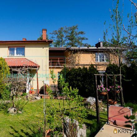 Rent this 9 bed house on Sklep spożywczy in 3 Maja 10, 05-806 Komorów