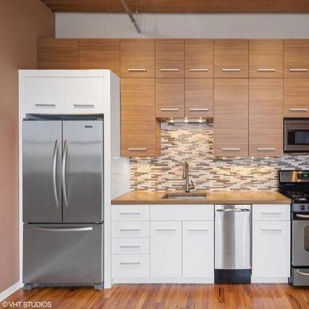 Rent this 2 bed condo on 515-517 North Noble Street in Chicago, IL 60642