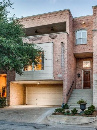 Rent this 3 bed apartment on 1504 Pecos Street in Dallas, TX 75204
