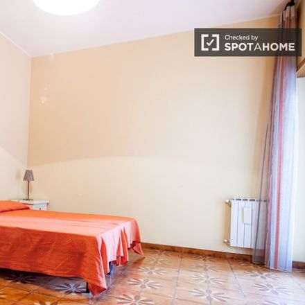 Rent this 2 bed room on Via Stefano Oberto in 51, 00173 Rome RM