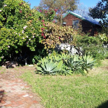 Rent this 1 bed house on Perth in Hilton, WA