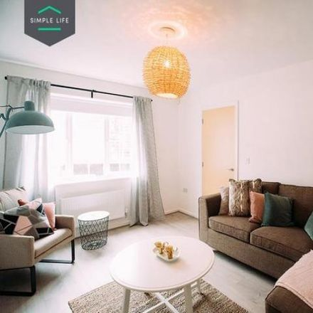 Rent this 4 bed house on Lea Hall Crown Green Bowling Club in Wood Lane, Birmingham B20 2AJ