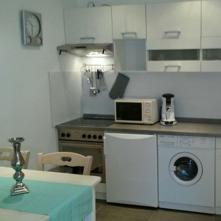 Rent this 1 bed apartment on Schölerpad 125 in 45143 Essen, Germany