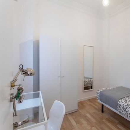 Rent this 5 bed room on TR decoración in Carrer de l'Actor Llorens, 46021 Valencia