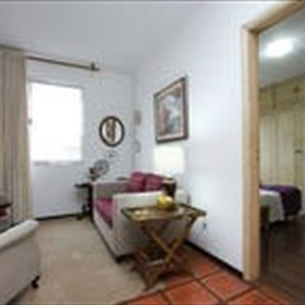 Rent this 1 bed room on R. Augusta in São Paulo - SP, Brazil