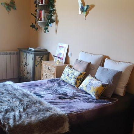 Rent this 3 bed room on Casa del Cerro in Calle de Velázquez, 28222 Majadahonda