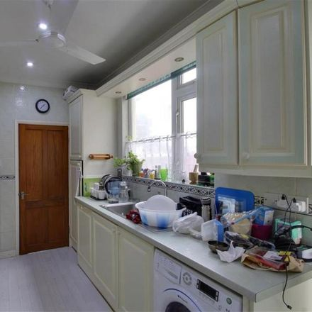 Rent this 3 bed house on Stuart Road in Grays RM17 5HX, United Kingdom