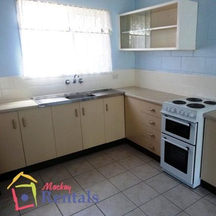 Rent this 2 bed apartment on 3/5 Jubilee Street