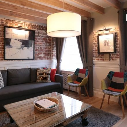 Rent this 1 bed apartment on IHECS (BV) in Rue des Bogards - Bogaardenstraat, 1000 Ville de Bruxelles - Stad Brussel