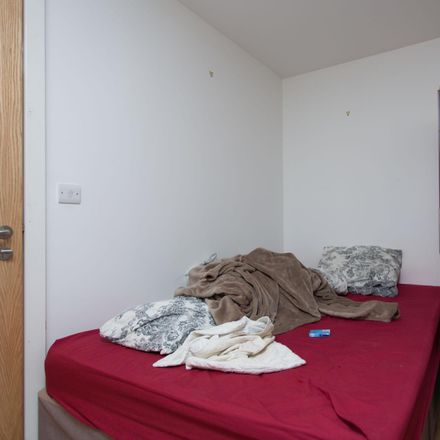 Rent this 6 bed room on Oxford Street in Sheffield S6 3FG, United Kingdom